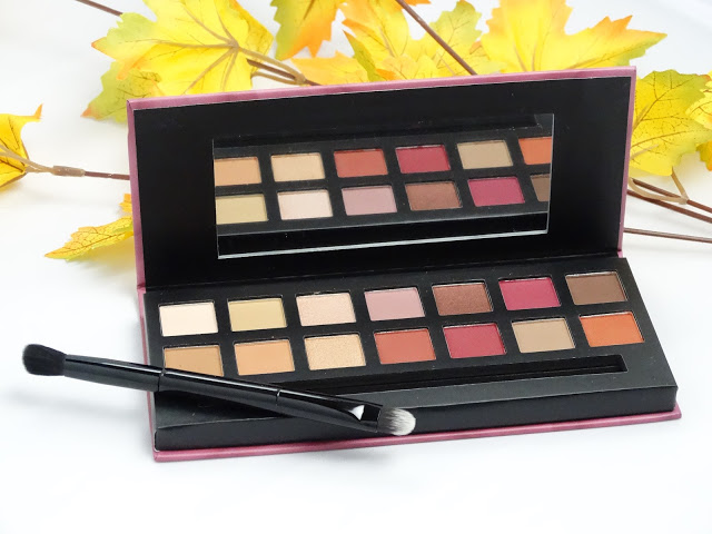 35129 dsc05414 - W7 DELICIOUS NATURAL & BERRY EYE COLOR PALETTE