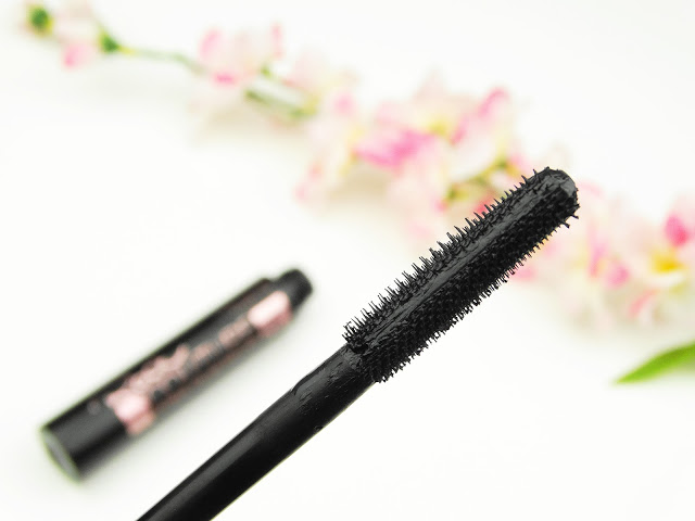 10a32 dsc074202b252812529 - CATRICE ROCK COUTURE EXTREME VOLUME MASCARA 24H